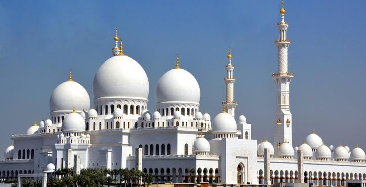 Abu Dhabi Grand Mosque-725x371,